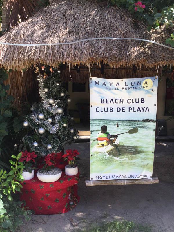 Hotel Restaurant Maya Luna Mahahual Navidad