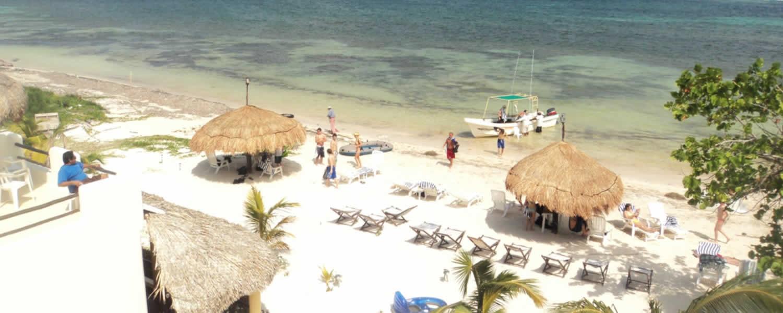 - hotel_maya_luna_bungalows_boat-1500x600