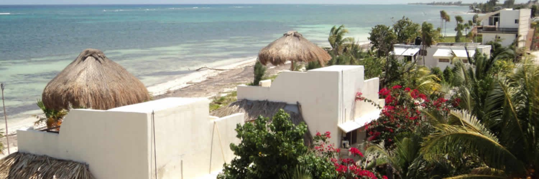Hotel Restaurant Maya Luna roof decks of bungalows