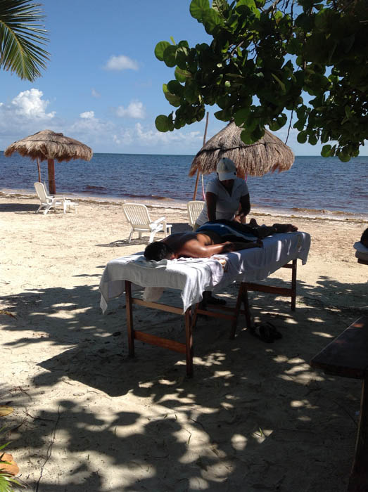 Hotel Restaurant Maya Luna beach massage