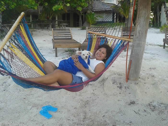 Eco Hotel Restaurant Maya Luna Mahahual . Pet-friendly Beach hotel. Siesta with my mami
