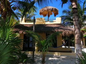 eco hotel restaurant maya luna mahahual mexico bungalow chacchoben