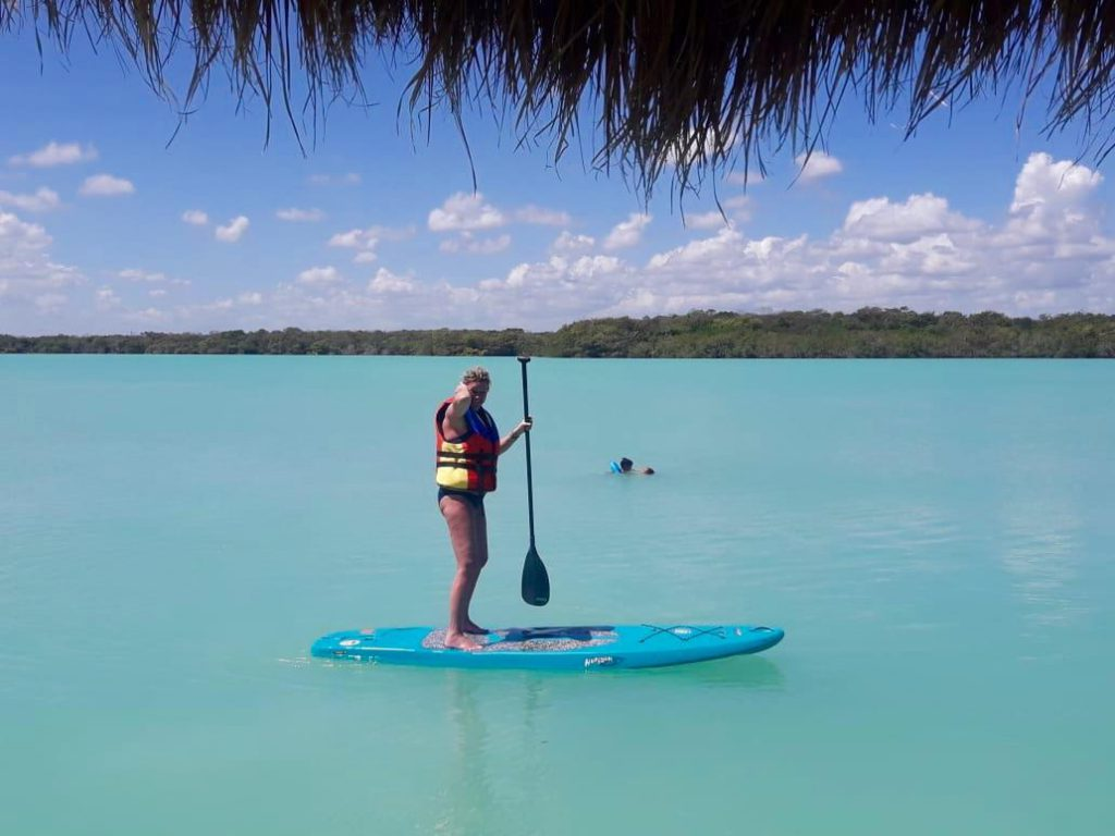 Paddle board at the lake of Bacalar